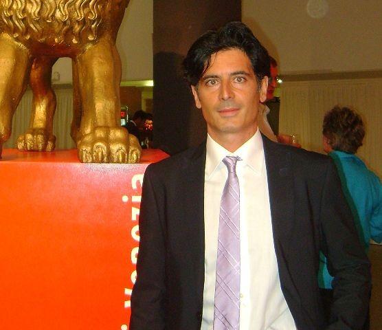 A Davide Cavuti il Premio Flaiano per il film Un'Avventura romantica VIDEO