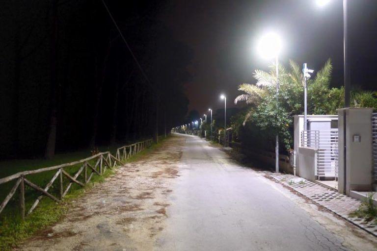 Silvi, via Forcella illuminata con tecnologia a led