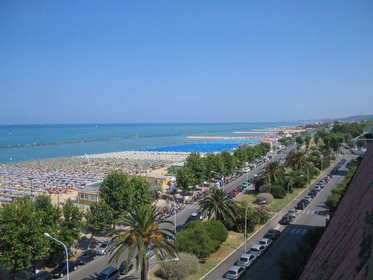 Pescara, parcheggi mare: in vigore le nuove tariffe