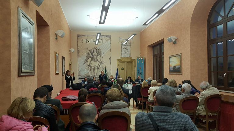 Mosciano, Perché votare no: grande partecipazione all'iniziativa di Forza Italia