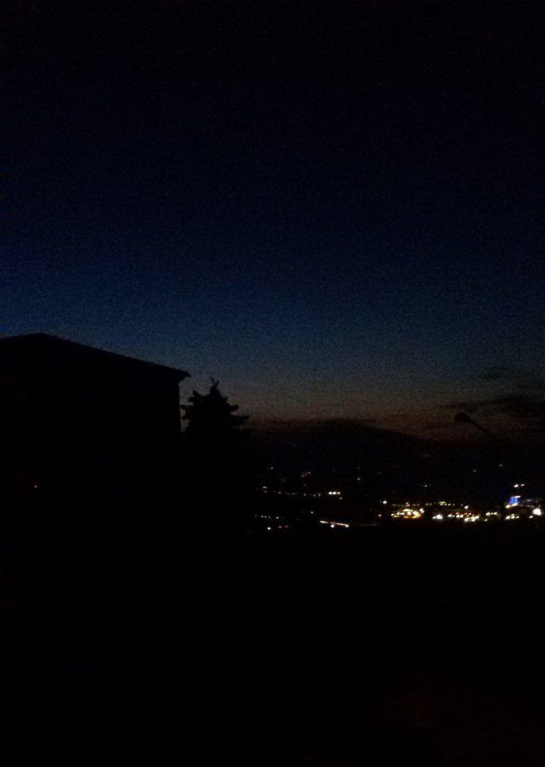 Cologna Paese, strada al buio da 2 mesi FOTO