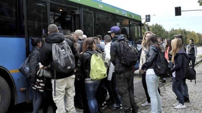 Pescara, Piano regionale trasporti: la parola agli studenti del Collettivo