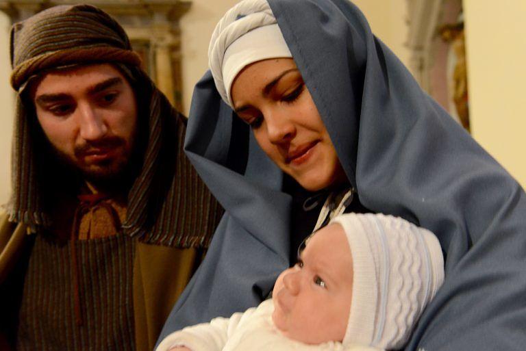 Presentata a Sulmona la Madonnina del 64° Presepe vivente di Rivisondoli