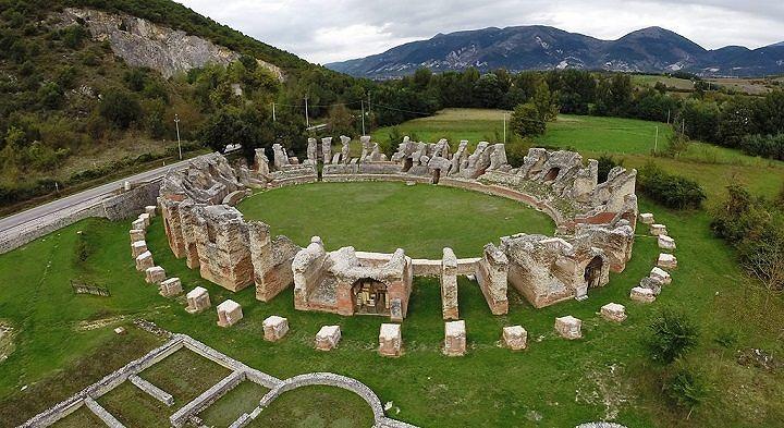L'Aquila, torna orario continuato al Parco archeologico di Amiternum