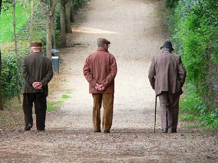 Abruzzo, legge su invecchiamento: per Sclocco è ulteriore passo verso esigenze anziani'