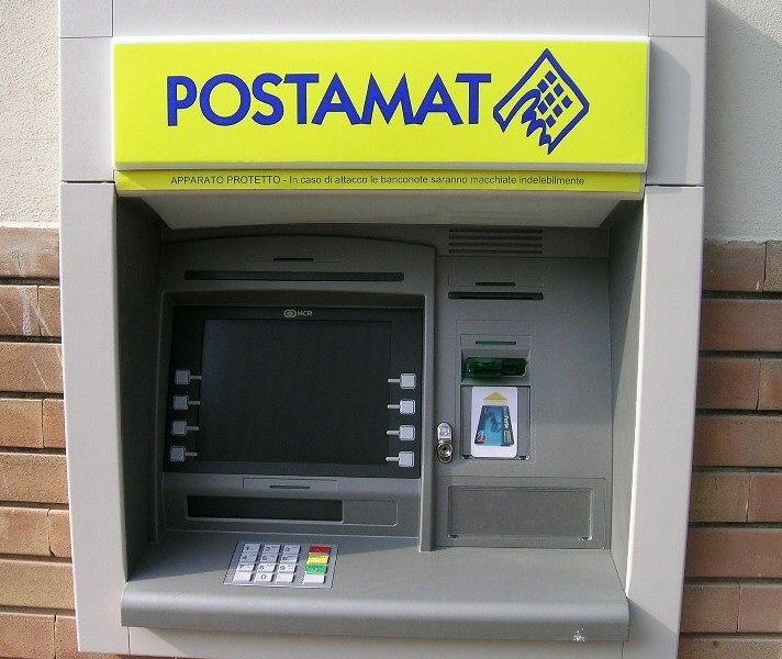 Teramo, bancomat delle Poste fuori uso