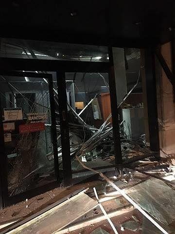 Teramo, assalto al bancomat: distrutta la filiale Tercas di viale Crispi (FOTO)