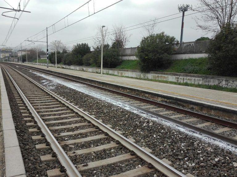 Alba Adriatica, identificata la donna travolta dal treno