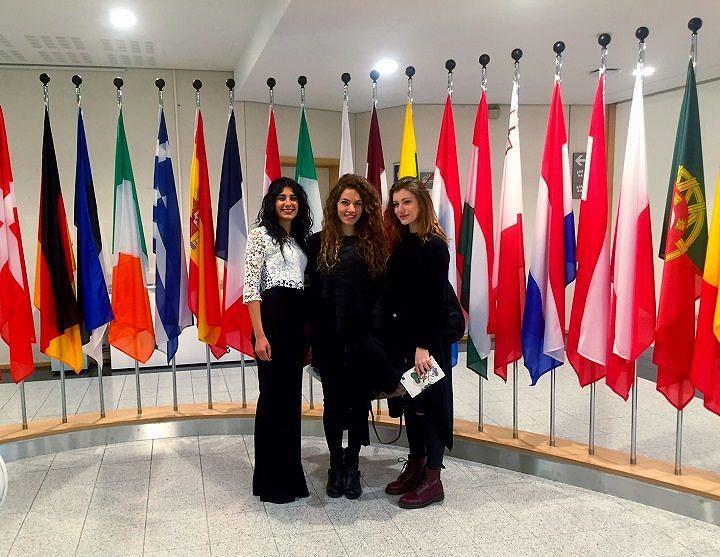 Miss Abruzzo in visita al Parlamento Europeo (FOTO)