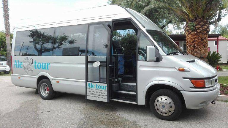 Chieti, sospensione servizio bus navetta per l'ospedale