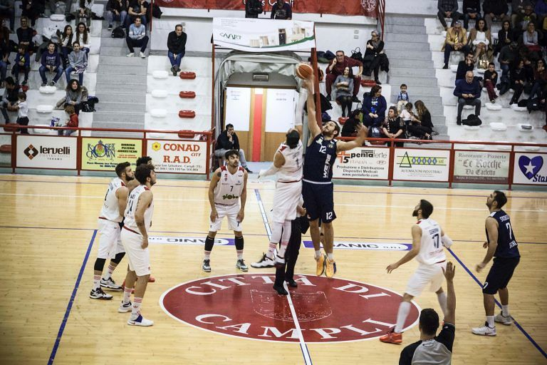 Basket, Campli-Ortona 76-73: arrivo al fotofinish