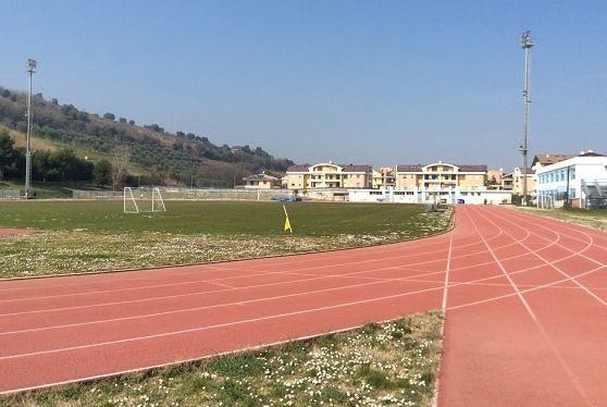 Giulianova, pista di atletica a rischio omologazione: Cibej attacca Mastromauro