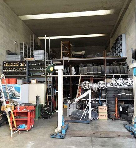 Montesilvano, in un capannone la base dei ladri di auto di lusso VIDEO