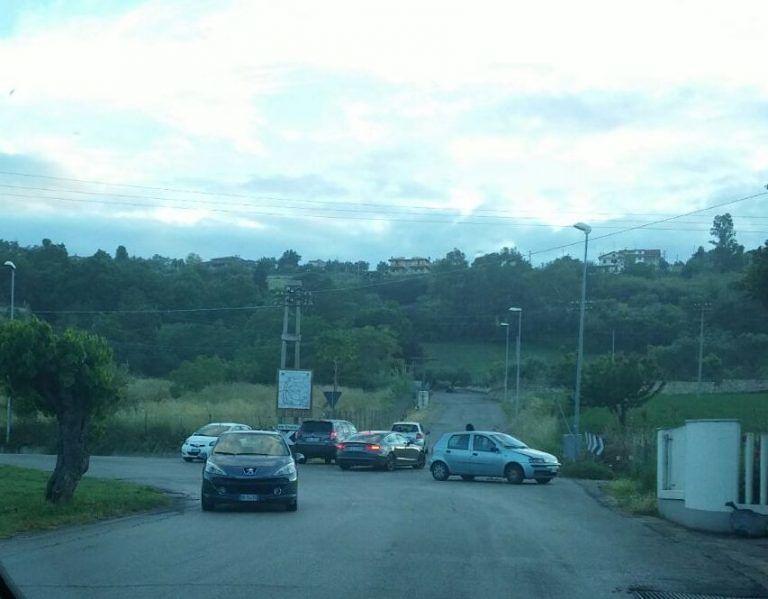 Giulianova, carambola di auto in via Montello