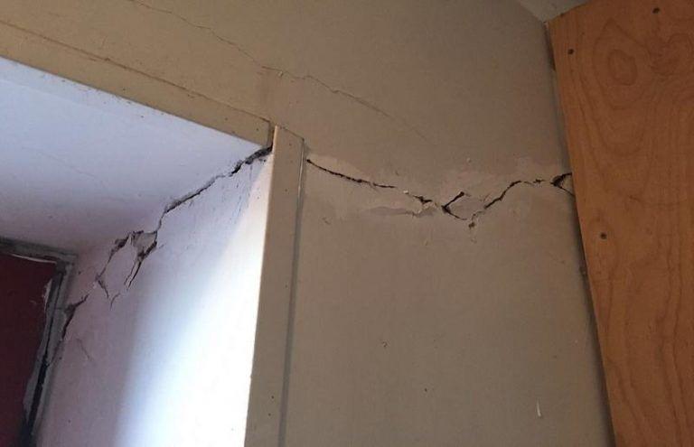 Teramo, pericolo eternit: messa in sicurezza dei capannoni danneggiati dal sisma
