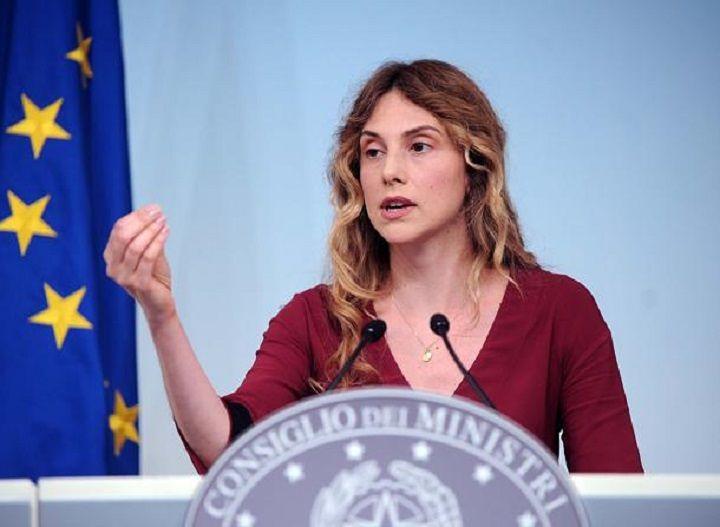 Primarie Pd, il Ministro Madia a Pescara per la Mozione Renzi
