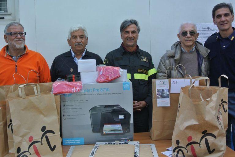 Pescara, l'Ail dona materiale da ufficio al Comune di Arquata del Tronto