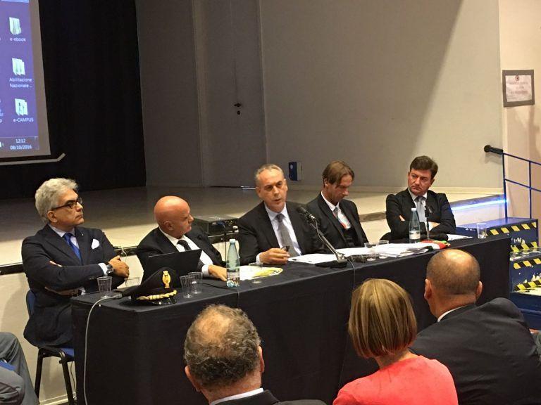 Giulianova, reati informatici in aumento: convegno con Legnini