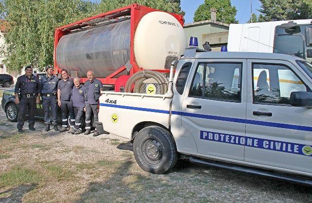 L'Aquila, carburante sequestrato dalla Finanza donato alla Protezione Civile