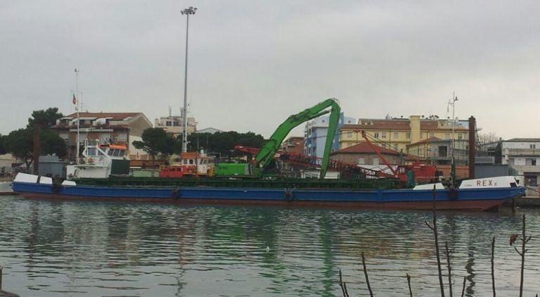 Pescara, porto insabbiato: problemi per l'appalto del mini-dragaggio