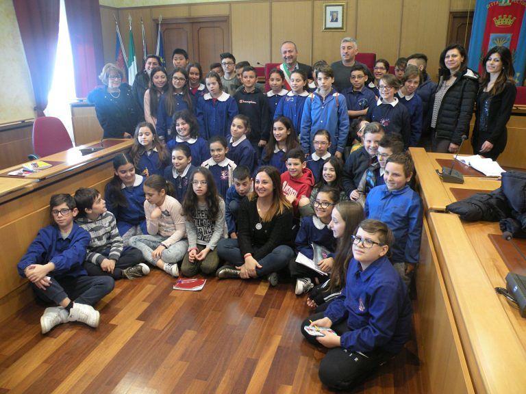 Spoltore, i bambini di Villa Raspa in Consiglio comunale