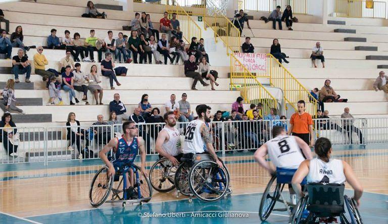 Basket in Carrozzina, Porto Torres troppo forte per l'Amicacci