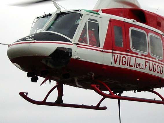 Lettomanoppello, cavallo finisce nel burrone: salvato con l'elicottero