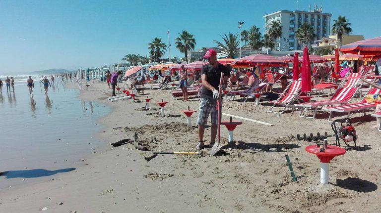 Erosione costa teramana: ad Alba Adriatica persi 50 metri di arenile (FOTO/VIDEO)