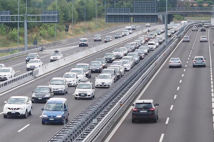 Vasto, divieto di transito sul ponte della A14