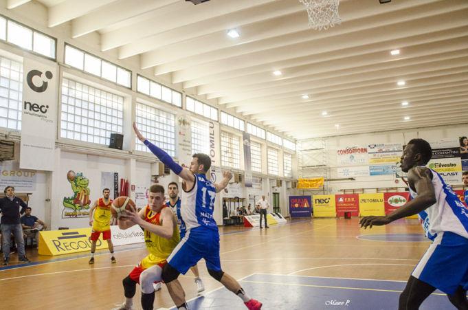 Basket play-out, Giulianova vince gara 1: Taranto al tappeto