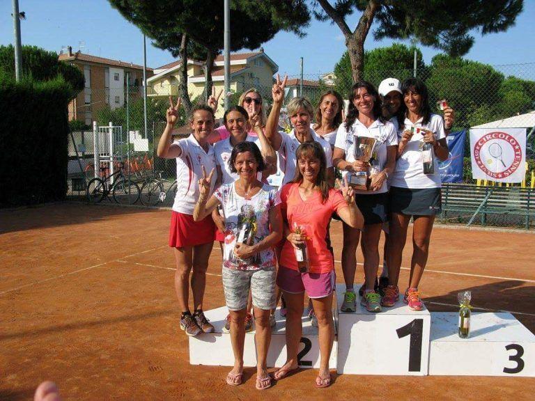 Silvi, lo strano caso della gestione dei campi da tennis in Piazza Marconi
