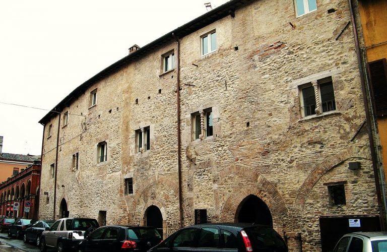 """Teramo, """"Invito a Palazzo"""": la Fondazione Tercas """"apre"""" Palazzo Melatino"""