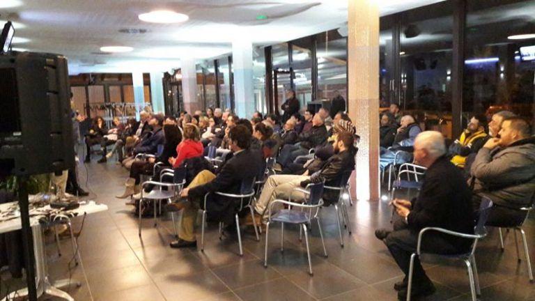 Elezioni Martinsicuro, sulla chat del Forum monta la protesta contro Tommolini