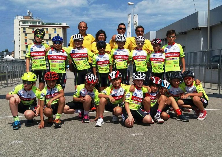 Mosciano, festa del ciclismo con due gare dedicate a Moreno Camilletti e Francesco Cardinale