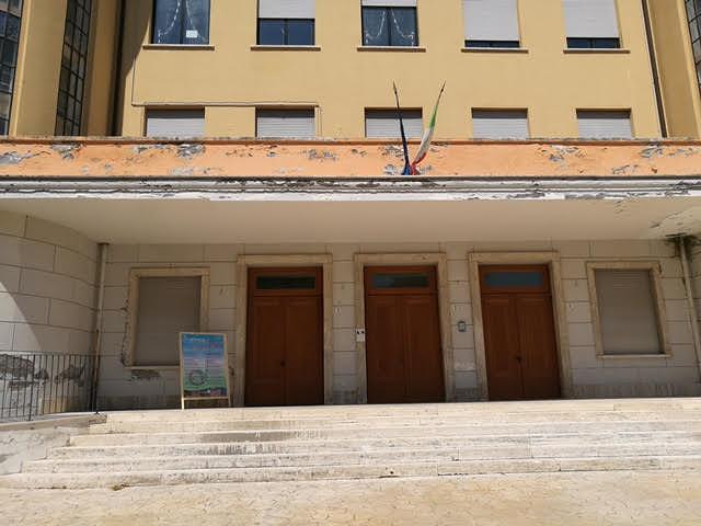 Atri, Astolfi contro Prosperi: 'strumentalizza sicurezza scuole'