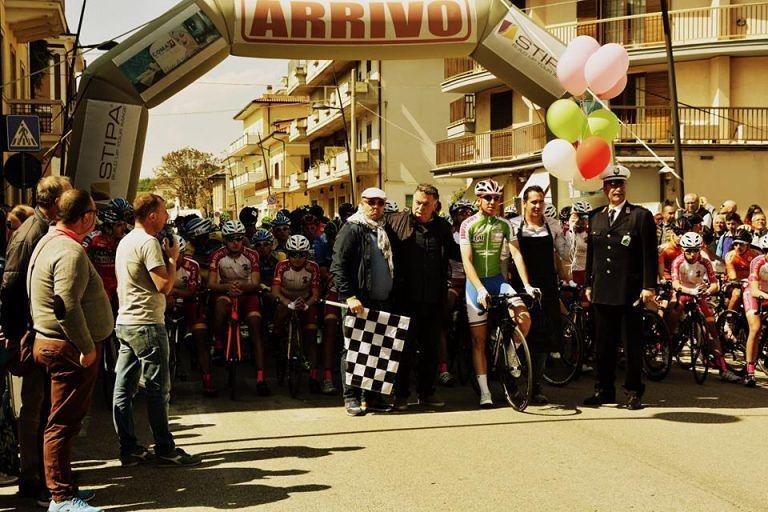 Sant'Egidio, investito durante la gara ciclistica: anziano in rianimazione