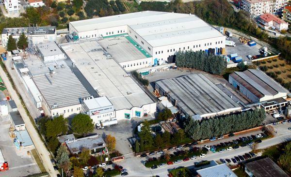 Castelnuovo, nuovi turni alla Gelco: operai contrari