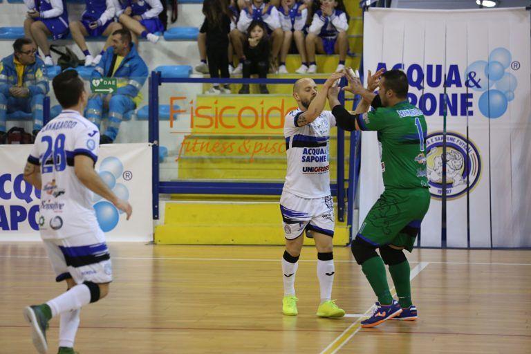 Montesilvano, Acqua e Sapone Unigross: 7 gol al Futsal Isola