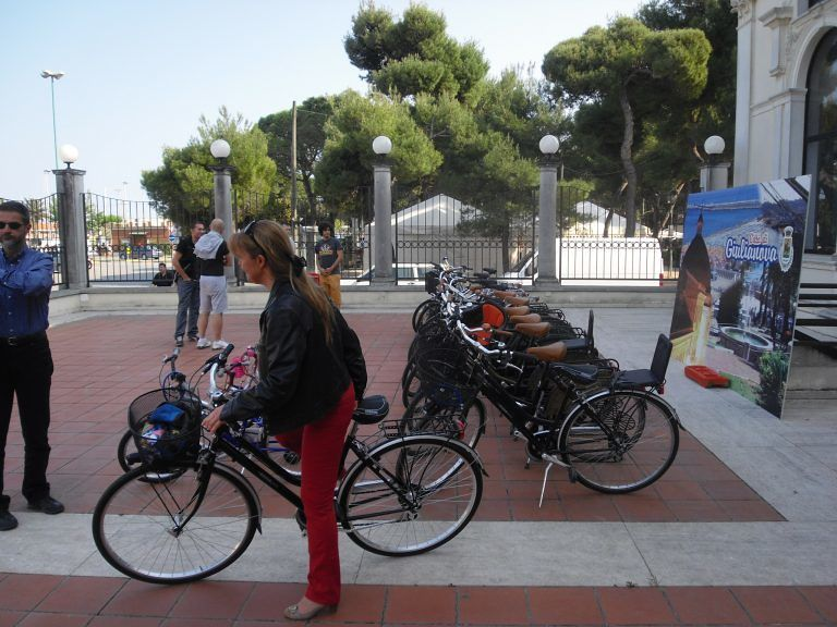 """Giulianova, torna l'iniziativa """"Giulia in bici"""": 40 bici ad un euro"""