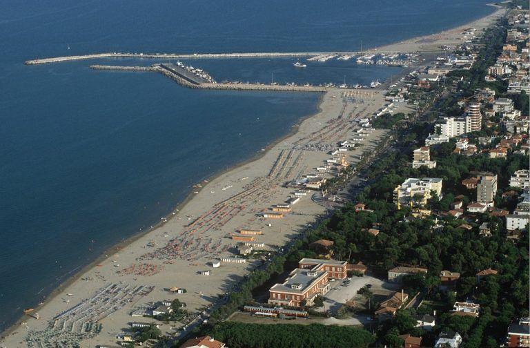 Giulianova, balneazione ok su tutta la costa