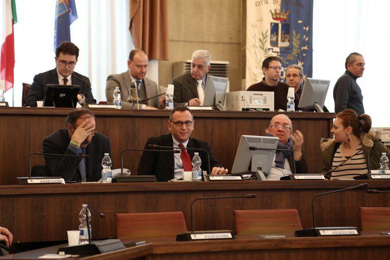 Pescara, approvato il bilancio: bloccate le spese per i Giochi del Mediterraneo