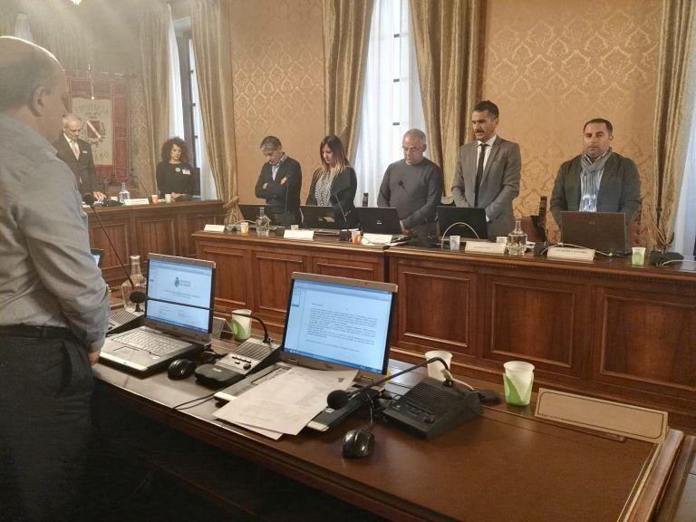Teramo, consiglio provinciale: ricordo per Nicoletta Cerquitelli, entra Vasanella