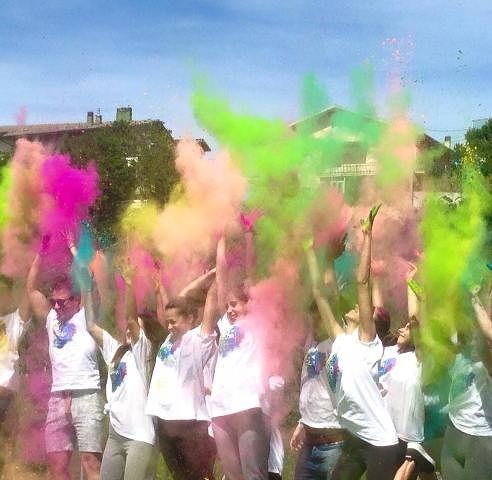 Terza edizione dell'Holi Color Day ad Atessa