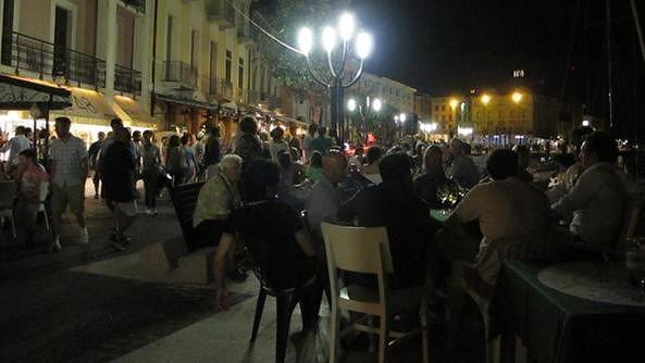 Pescara, vigilanza notturna in piazza Muzii prorogata per un mese