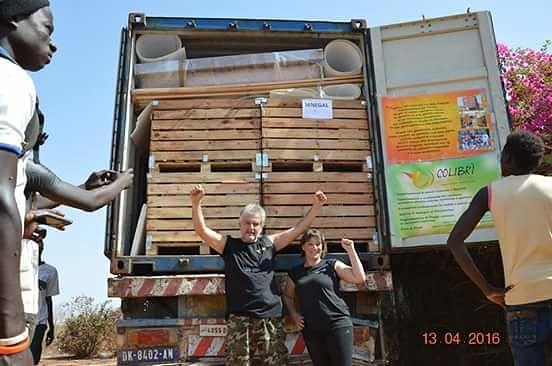 Giulianova, Circolo Colibrì consegna in Senegal il secondo container