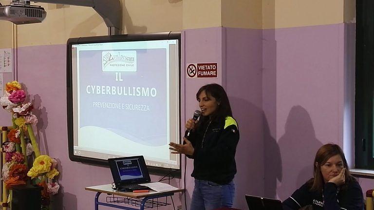 Pescara, cyberbullismo e legalità: incontro con i ragazzi alla scuola Antonelli