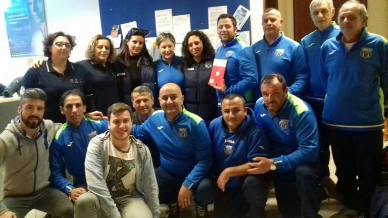 Pescara, il nucleo Cives dona defibrillatore all'Asd Cantera
