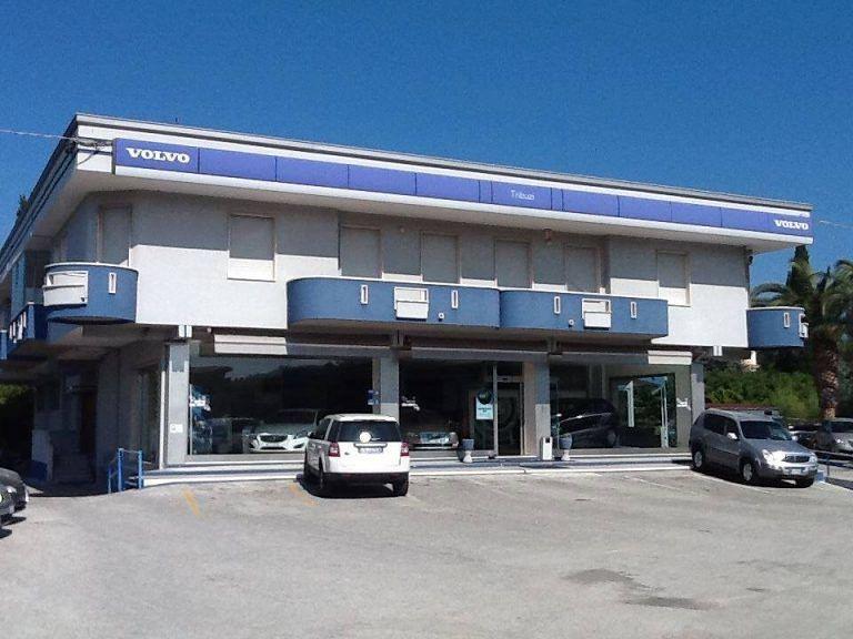?Gala Concessionaria Volvo Tribuzi: Volvo xc60 inscription D4 AWD| Alba Adriatica
