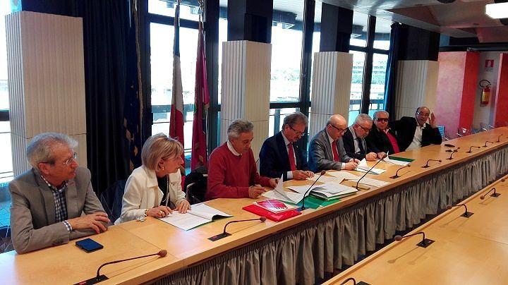 Abruzzo, firmato protocollo d'intesa fra Anci e sindacati pensionati