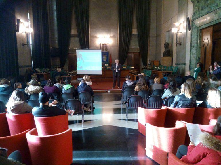 Pescara, il Csv presenta il progetto di volontariato per le scuole